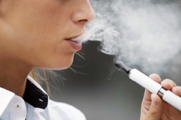 e-cigarettes-safer-than-smoking