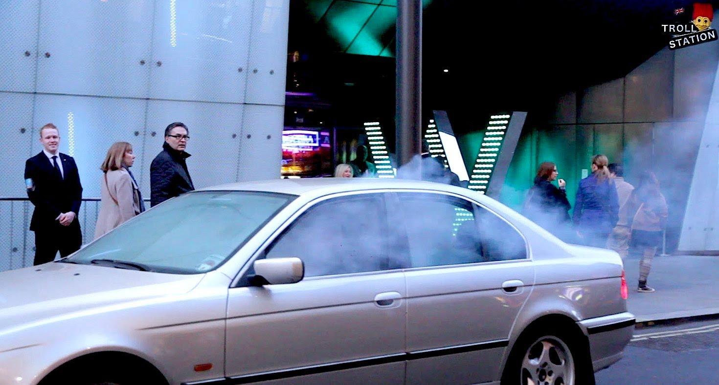 vaping in a car 1